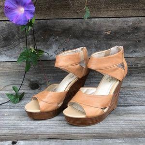 """Tan SEYCHELLES leather strap open-toe 4 ½"""" heel"""